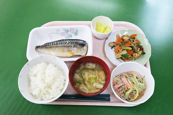 昼食会メニュー例
